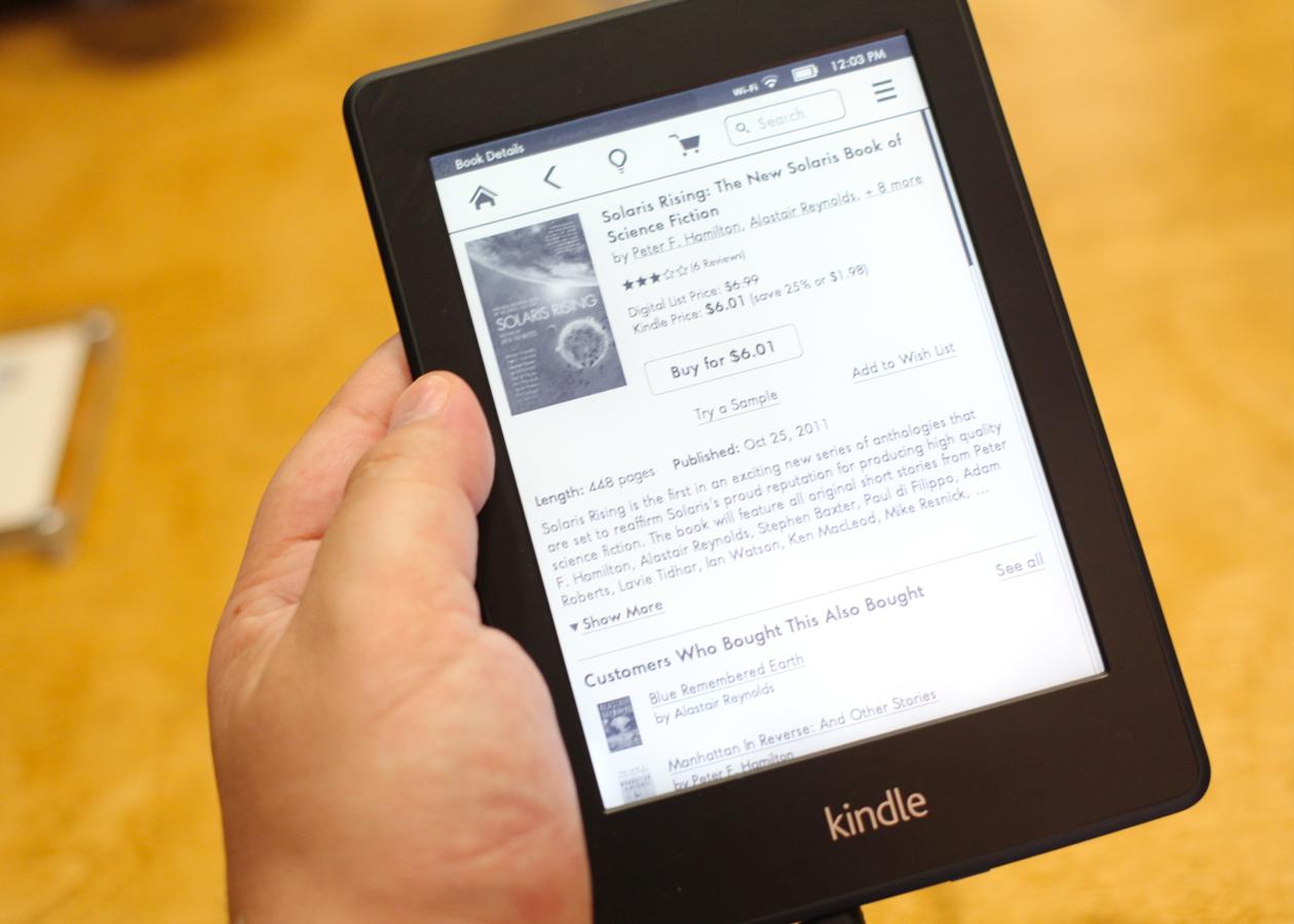 Amazon представила новую версию Kindle Paperwhite с улучшенным экраном