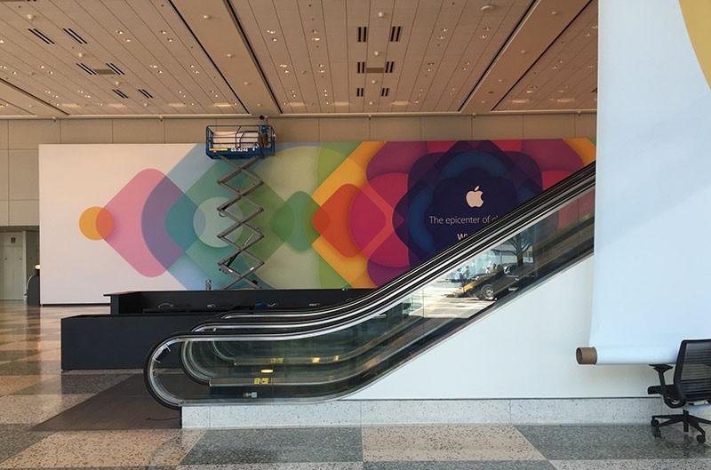 Apple начала оформлять Moscone West к WWDC 2015