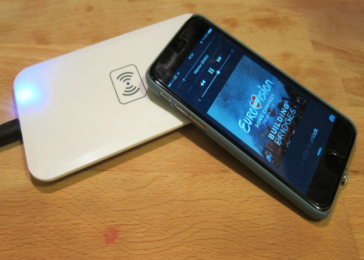 Qualcomm научилась заряжать мобильные гаджеты дистанционно