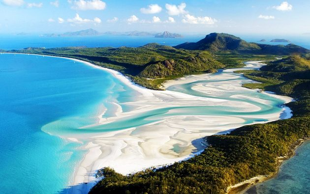 Whitehaven Beach – Whitsunday Island, Australia best beaches
