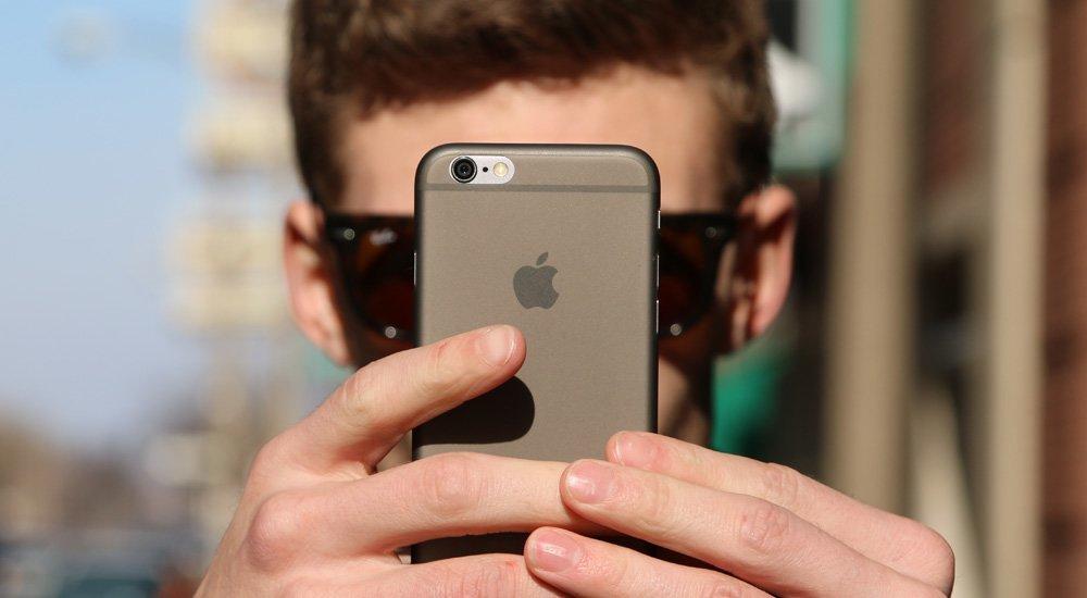 Peel —чехол для iPhone толщиной 0,35 миллиметра