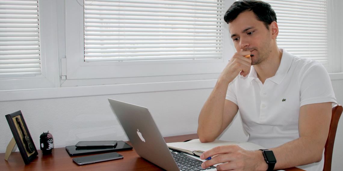 Рабочие места: Дмитрий Тарасов, создатель органайзера «Хаос-контроль»