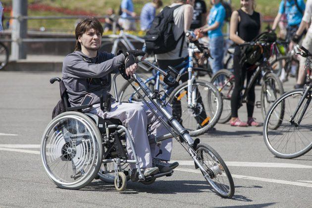 Люди с инвалидностью: Евгений Краснопёров, активист движения хендбайкеров