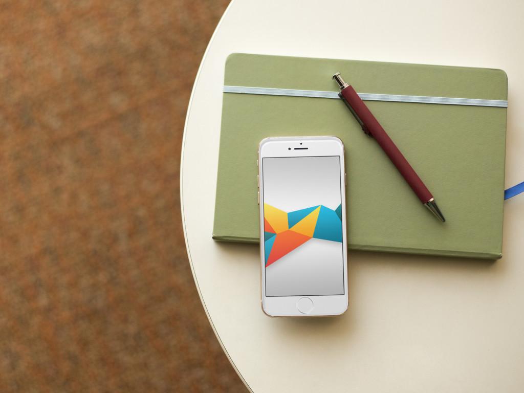 Обои для iPhone: Цветные формы