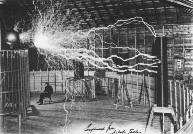 Никола Тесла: лаборатория