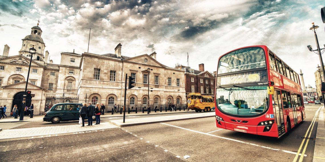 5 городов, по улицам которых уже ездят автобусы без водителей