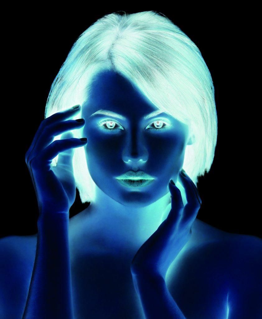 Оптические иллюзии. Лицо женщины