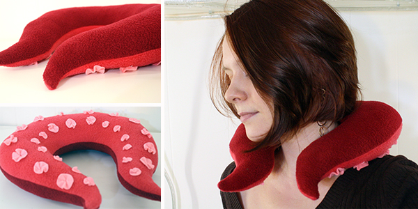 Подушка с тентаклями