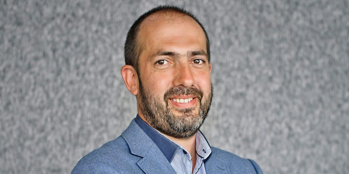 Рабочие места: Александр Ларьяновский, управляющий партнёр Skyeng