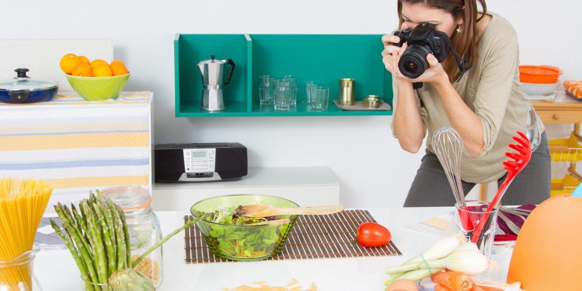Как делать фотографии еды, от которых слюнки текут