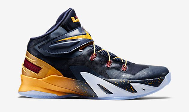 кроссовки Nike Flyease 8