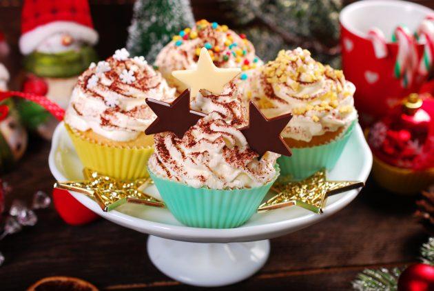 Что приготовить на Новый год: творожные капкейки с шоколадом
