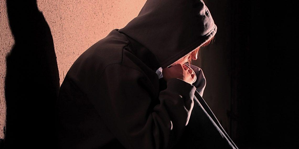 «Живи быстро, умри молодым»: как биология объясняет девиантное поведение