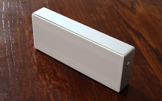 Новогодние подарки: Bluetooth-колонка