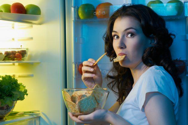 Миф 4: небольшой перекус с утра поможет вам есть меньше в течение дня
