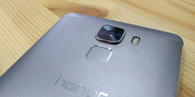 ОБЗОР: Huawei Honor 7 —смартфон, который переворачивает представления о китайской технике
