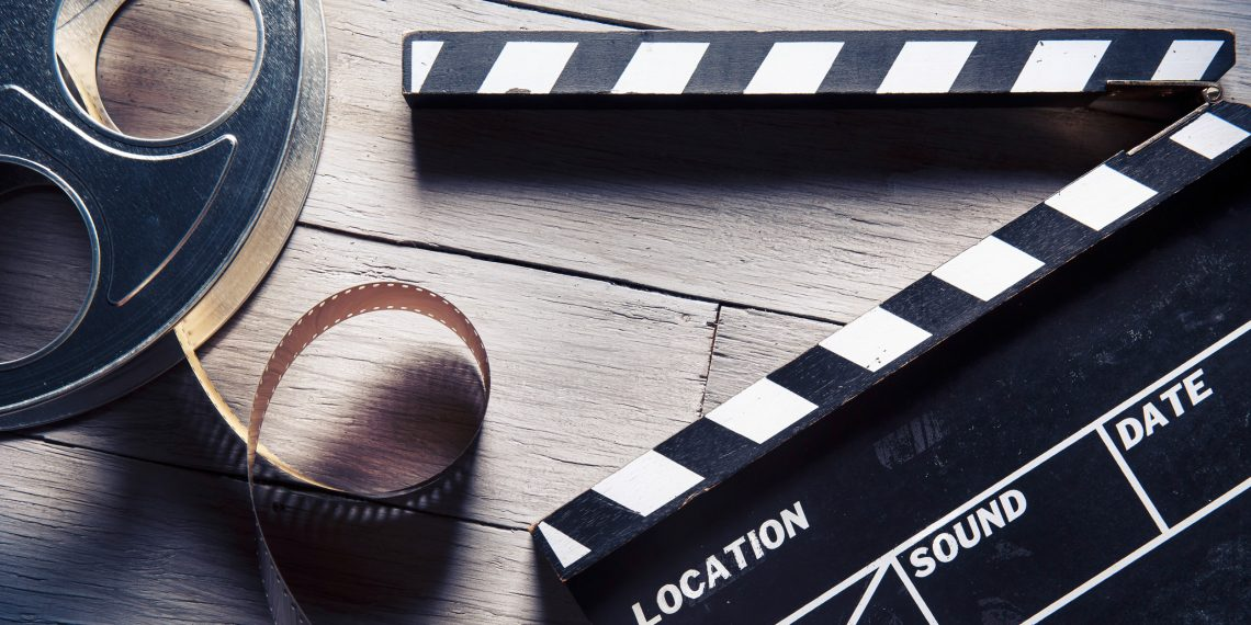 Кино для зимних вечеров: сказка Тима Бёртона, мультик о весёлых стариках и ещё 8 добрых фильмов