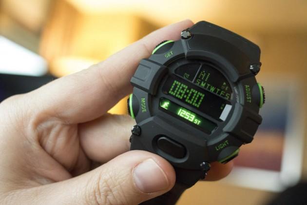 CES 2016 — часы Razer