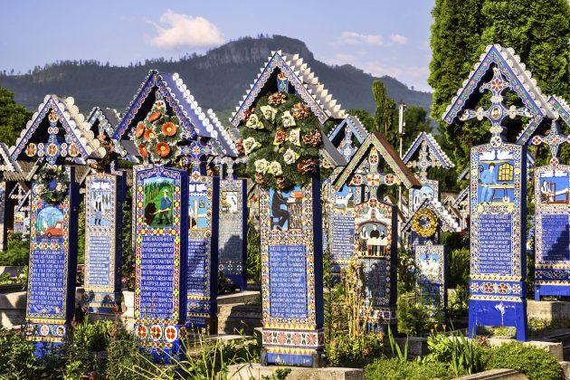Румыния: Весёлое кладбище