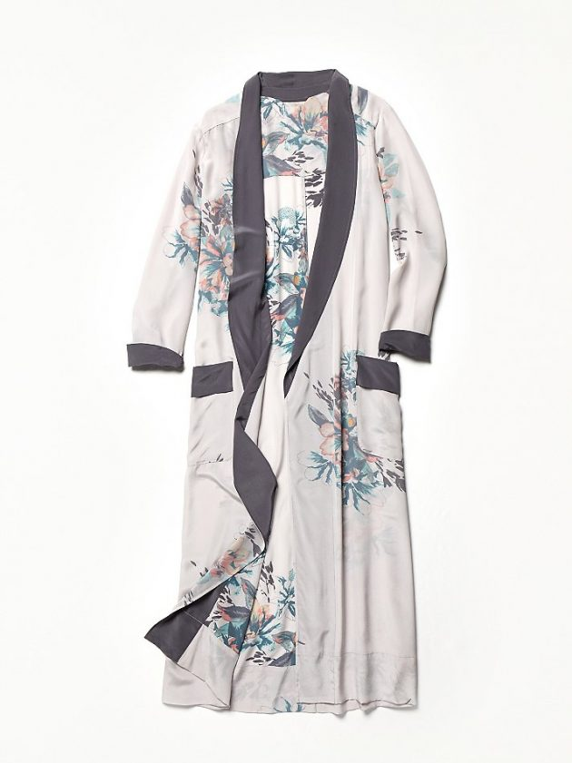Подарки на 8 Марта: шёлковый халат