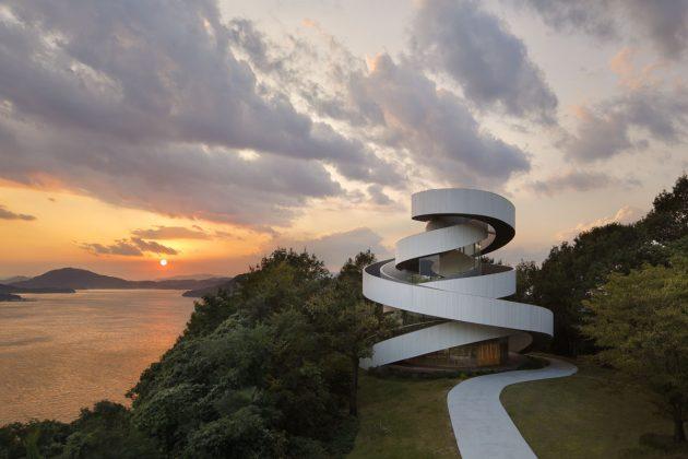 Лучшая архитектура 2016 года по версии ArchDaily: Ribbon Chapel