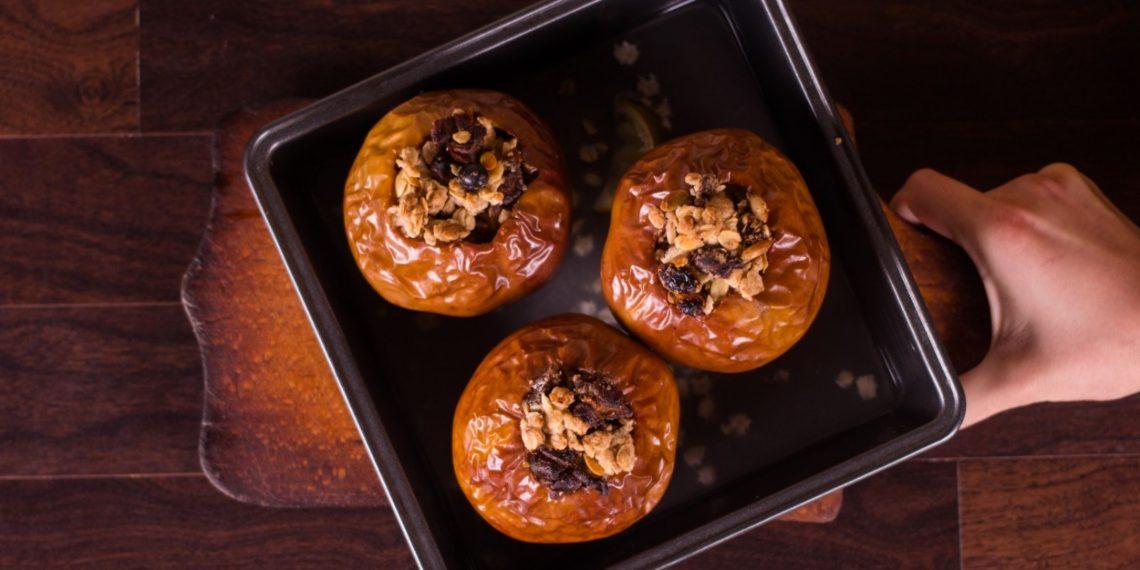Как запечь яблоки без рецепта
