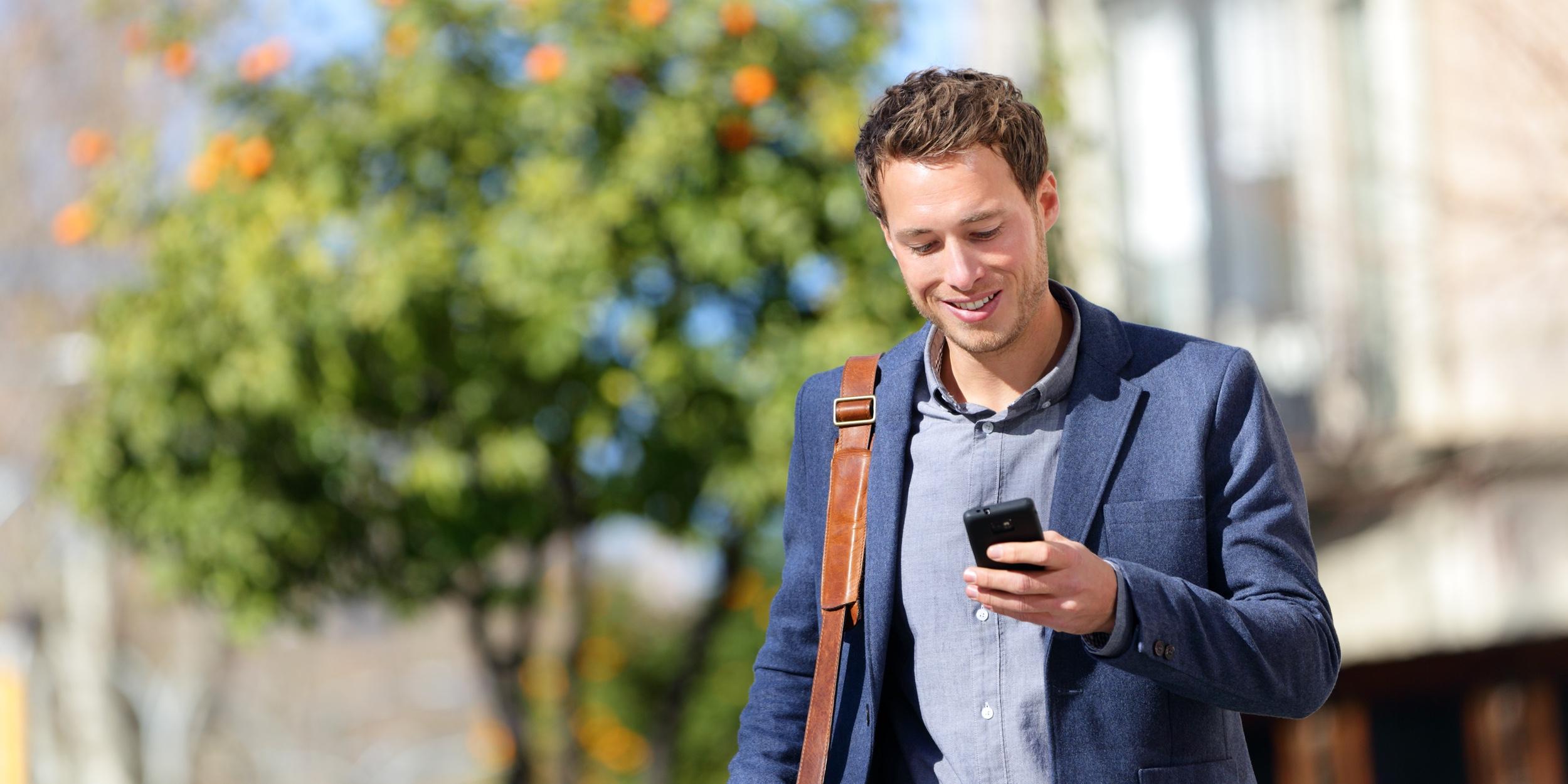 Чем опасна зависимость от смартфона и как навсегда от неё избавиться -  Лайфхакер