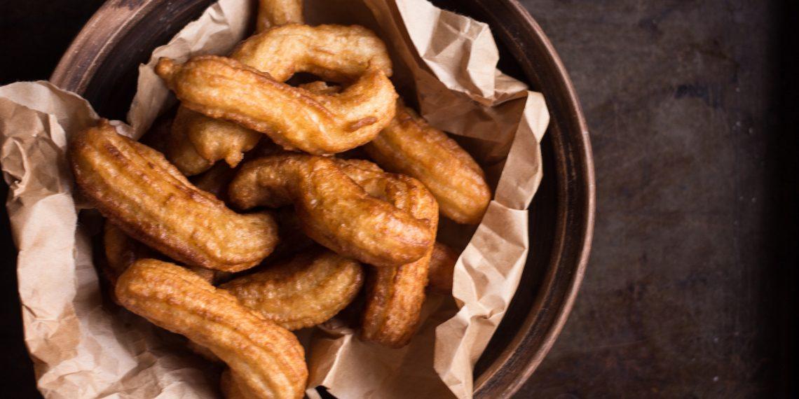 РЕЦЕПТЫ: Самые простые и быстрые в приготовлении пончики