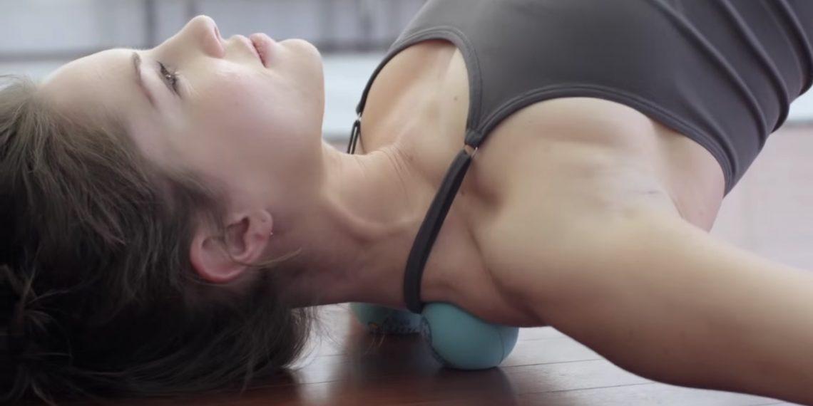 8 упражнений с массажными мячами для восстановления после тренировок