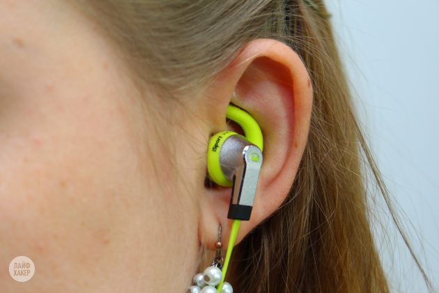 Monster iSport Victory в ухе