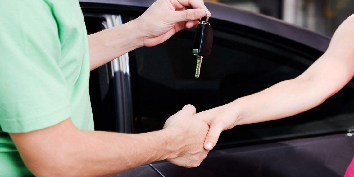 Как купить машину с рук и не облажаться