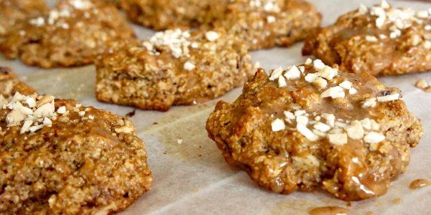 РЕЦЕПТЫ: Овсяное печенье с яблоками и орехами