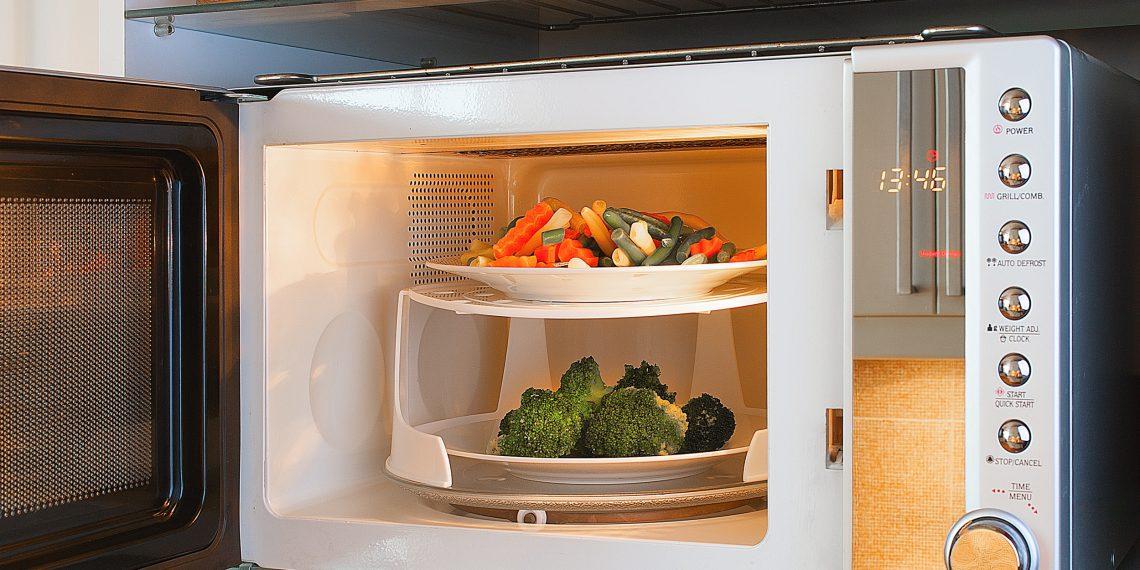 Что нужно знать, прежде чем готовить в микроволновке