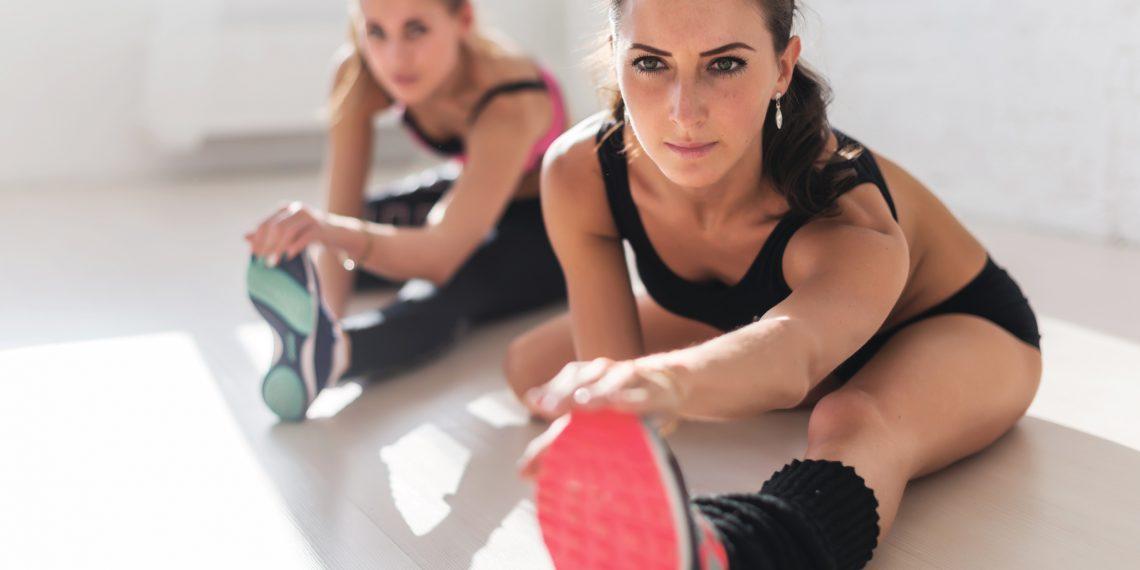 Тренируйся как ангел: 20 минут упражнений без дополнительного оборудования от Victoria's Secret