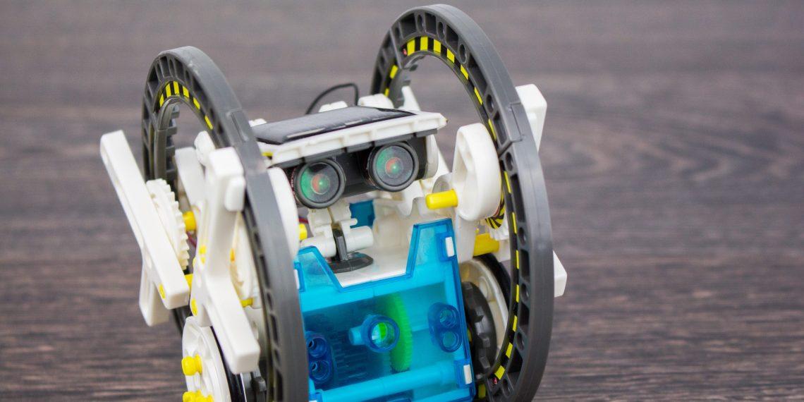 Конструктор Solar — 14 роботов в одной коробке