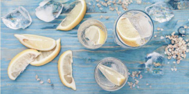 Тёплая вода с лимоном
