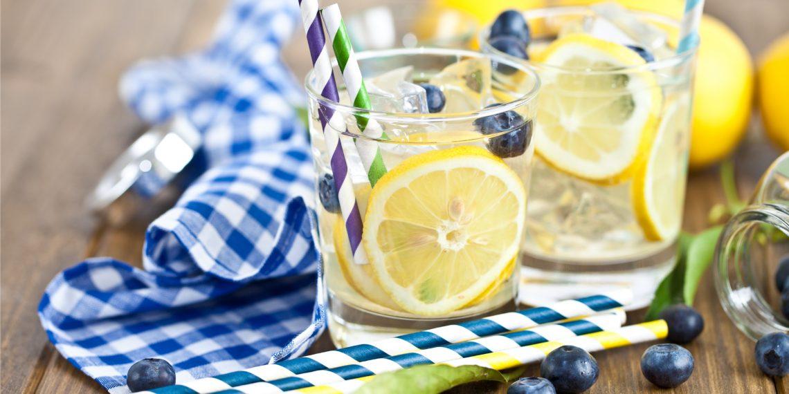4 рецепта летней ароматизированной воды