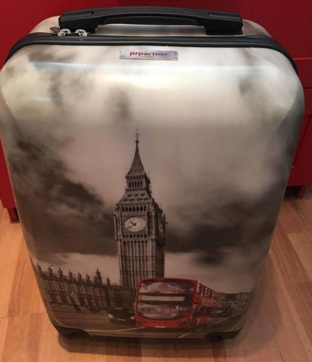 Инна Алексеева, PR Partner: фирменный чемодан