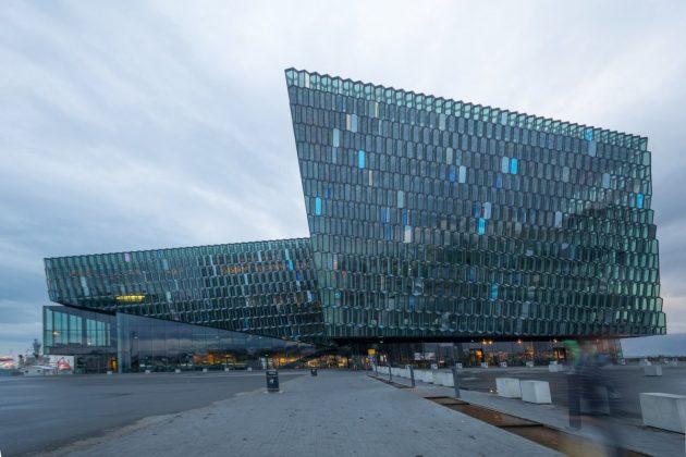 архитектура Европы: HARPA Concert Hall in Reykjavik, Iceland