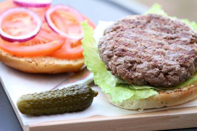 Бургер с курагой