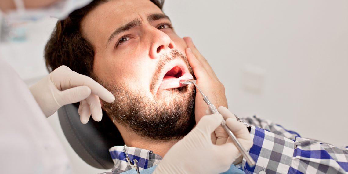 Отпуск насмарку: что делать при зубной боли в путешествии