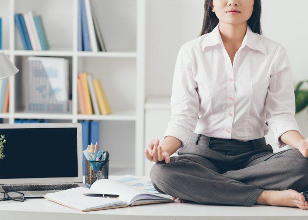 Самый быстрый комплекс йоги для офисных работников