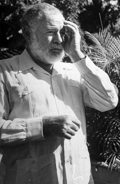 Хемингуэй в кубинской рубашке