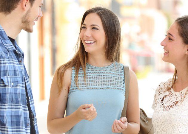 5 экспериментов, которые научат вас общаться с незнакомыми людьми
