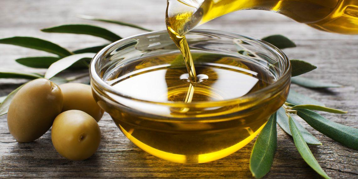 Как использовать оливковое масло для красоты