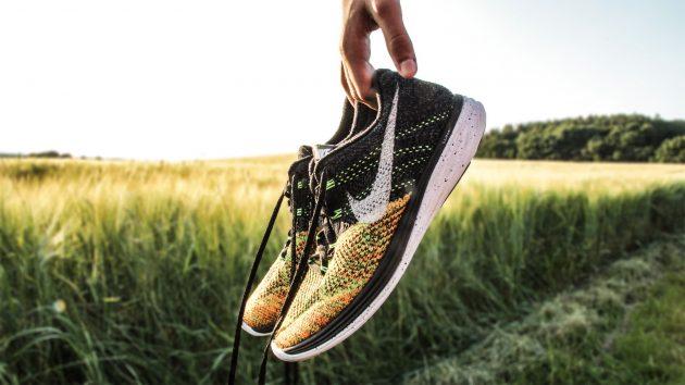 выбор кроссовок: ногти