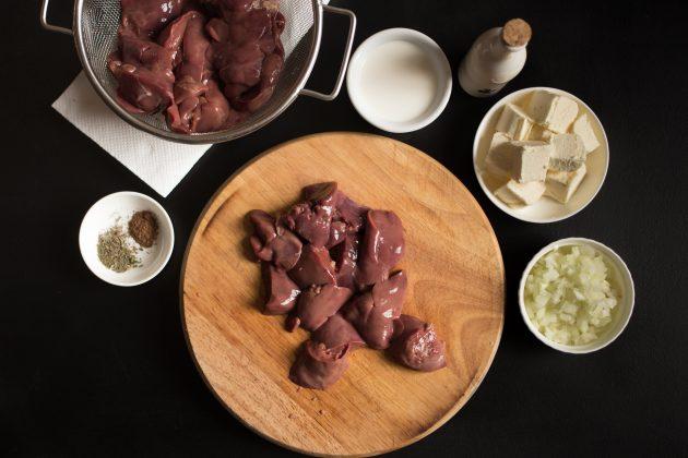Паштет из куриной печени со сливками: подготовьте печень