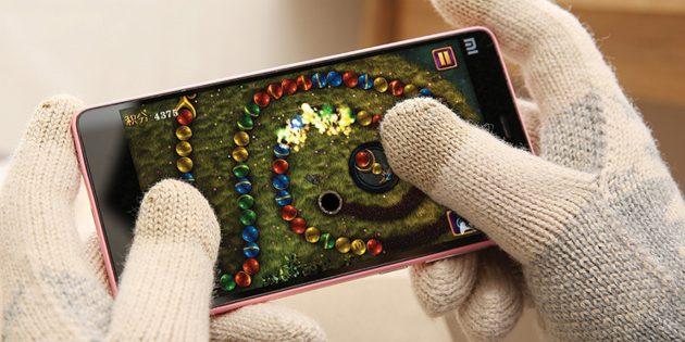 10 перчаток, в которых можно всю зиму не выпускать телефон из рук