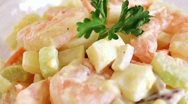 Яичный салат с креветками