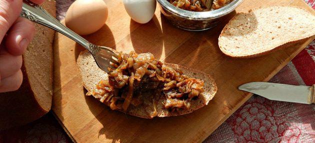 рецепты для вегетарианцев: карамелизированный лук